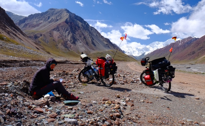 Lunch break right before the Kyrgyz border crossing
