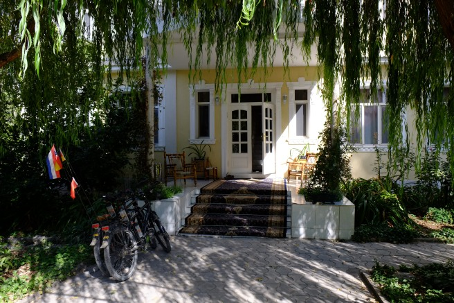 Marian's guesthouse in Dushanbe - our little paradise