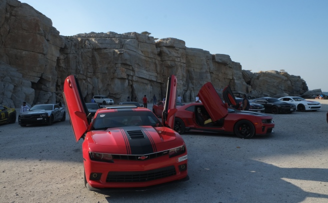 One late afternoon a group of motor club sportscars showed up to have a fun afternoon in Oman